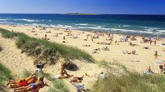 Tylösand är en av landets mest omtalade sandstränder.