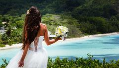 Varför inte ta själva bröllopet på Seychellerna?