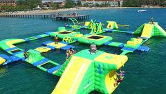 Wipeout-bana i vattnet för stora och små på Pegasos Resort i Incekum.