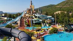 Hotellet Aqua Fantasy är rena Disneyland för barn och andra vattenälskare.