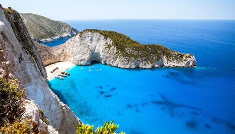 Finn din perle i Middelhavet i sommer.
