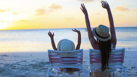 Hitta en sista minuten till stranden i november.