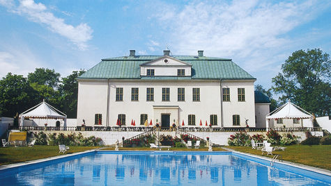 Vackra Häringe Slott passar utmärkt för en weekend med din älskling.
