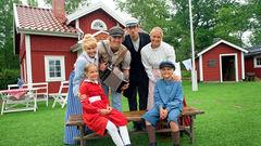 Hälsa på Emil, Pippi, Ronja, Rasmus, Madicken, Bröderna Lejonhjärta och alla andra härliga rollfigurer från Astrid Lindgrens sagor.