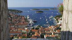 Hvar är en av Kroatiens mest populära öar.