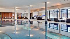 Pool på Kosta Boda Art Hotel