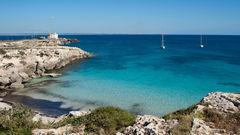 Sicilien är många soldränkta dagar i juni.