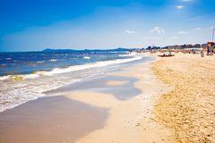 Stranden i Rimini har lockat miljontals turister sedan 1840-talet.
