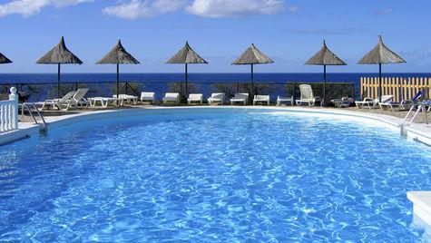 Sköna dagar vid poolen med allt inkluderat är en dröm för många.