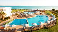 Strandnära charterhotell  vid Medelhavet